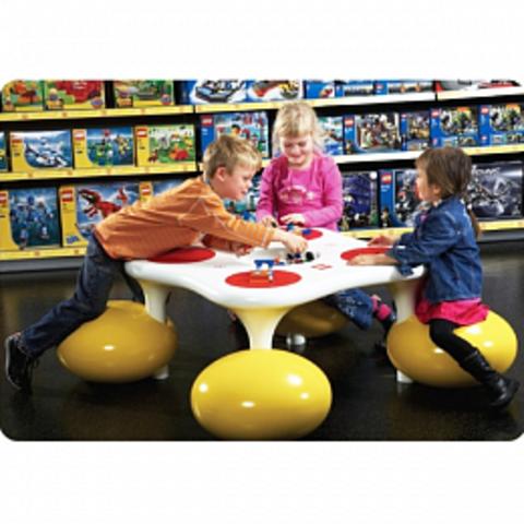 Столик для Lego студии
