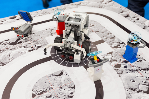 Комплект LEGO MINDSTORMS EV3 Лунная Одиссея (10+)