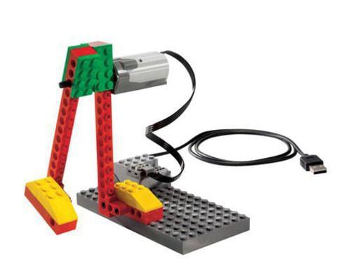 Базовый набор LEGO WeDo 9580 (7+)